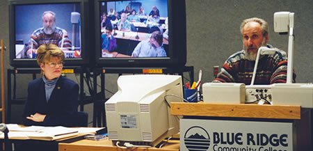 Dr. Stuart Porter teaching a vet tecg compressed video class (1999)