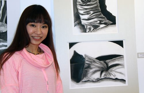 Isabella Hoi-Kee Kwok: painting and drawing student